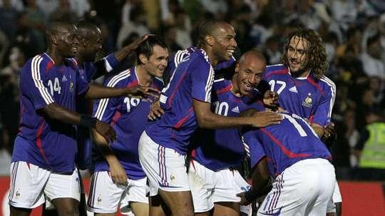 Faubert fue el primer jugador en portar el '10' de Francia tras la retirada de Zidane. AFP