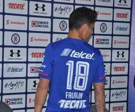El jugador llega procedente del Getafe. Twitter/CruzAzul