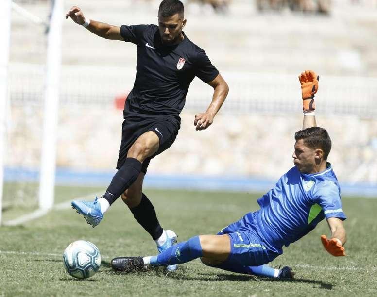 Fede Vico, rotura parcial y baja ante el Barça. GranadaCF