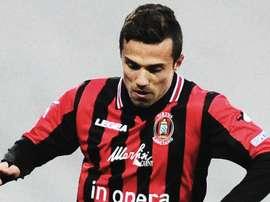 El atacante podría cambiar el Bologna por el Nápoles. Youtube