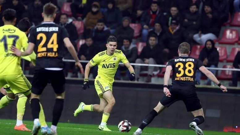 El Derby County quiere a Kadioglu. FenerbahçeSK