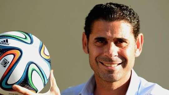 Fernando Hierro se ha reunido con el ministro de Deportes georgiano, quien destacó la experiencia del ex jugador en el mundo del fútbol. Twitter.