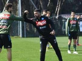Udinese in pressing su Llorente. EFE