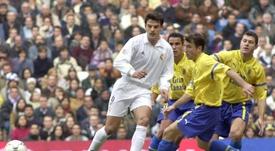 Morientes hizo cinco tantos la última vez que Las Palmas encajó tanto. EFE