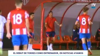 Fernando Torres sufrió en su debut como segundo entrenador. Captura/Vamos