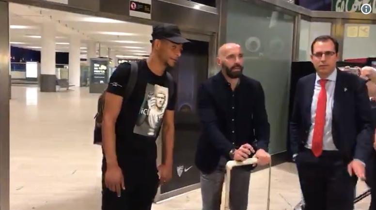 Fernando ya está en Sevilla. Twitter/eldesmarque_sfc