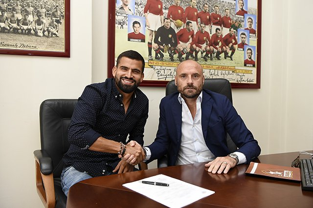 Torino appoint Rincon as their new player. AFP