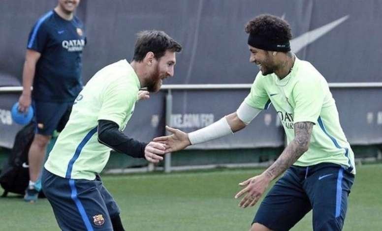 Messi veut revoir Neymar au Barça. EFE