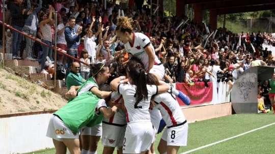 Real Madrid irá absorver time feminino já existente. Twitter/CD_Tacon