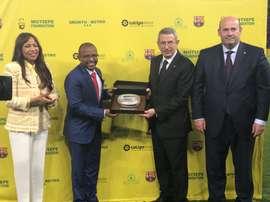 El amistoso en Sudáfrica estuvo lleno de buenos detalles. Twitter/FCBarcelona_es