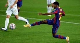 Ansu Fati se está ganando un puesto importante en el Barcelona. EFE
