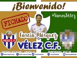 El centrocampista pasó por la cantera del Málaga, el Madrid y el Murcia. @VelezCFoficial