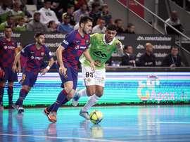El Barça no pudo seguir tras el Movistar. Twitter/FCBfutbolsala
