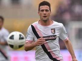 Tottenham are expected to make an offer for Palermo midfielder Franco Vazquez. Twitter