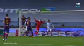 Frenkie de Jong gave Barca the lead v Real Sociedad. Screenshot/Vamos