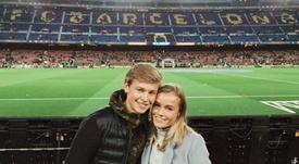 El holandés ya conoce el Camp Nou. Instagram @MikkyKiemerney