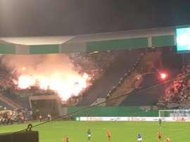 Fuego en las gradas del DKB Arena. Twitter