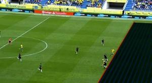 Iglesias Villanueva le anuló un gol a Las Palmas que pudo significar el empate. Captura/BeINSport