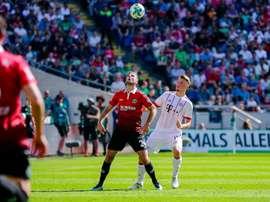 Mönchengladbach veut recruter le joueur d'Hanovre. Twitter/FCBayernES