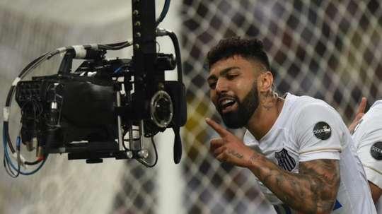 Gabigol a marqué trois buts. Santos