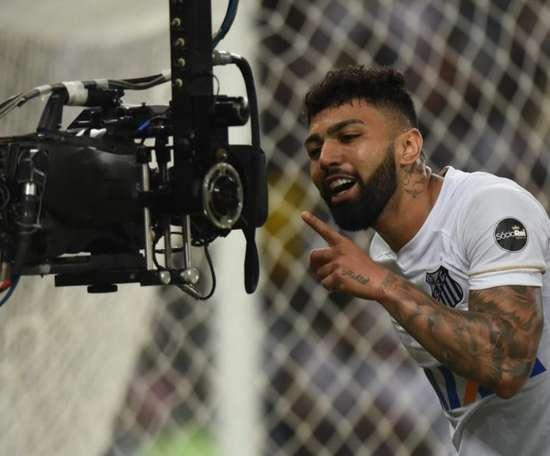 Gabigol dans les petits papiers de Palmeiras. Santos