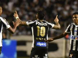 Gabigol a encore marqué deux buts. Santos