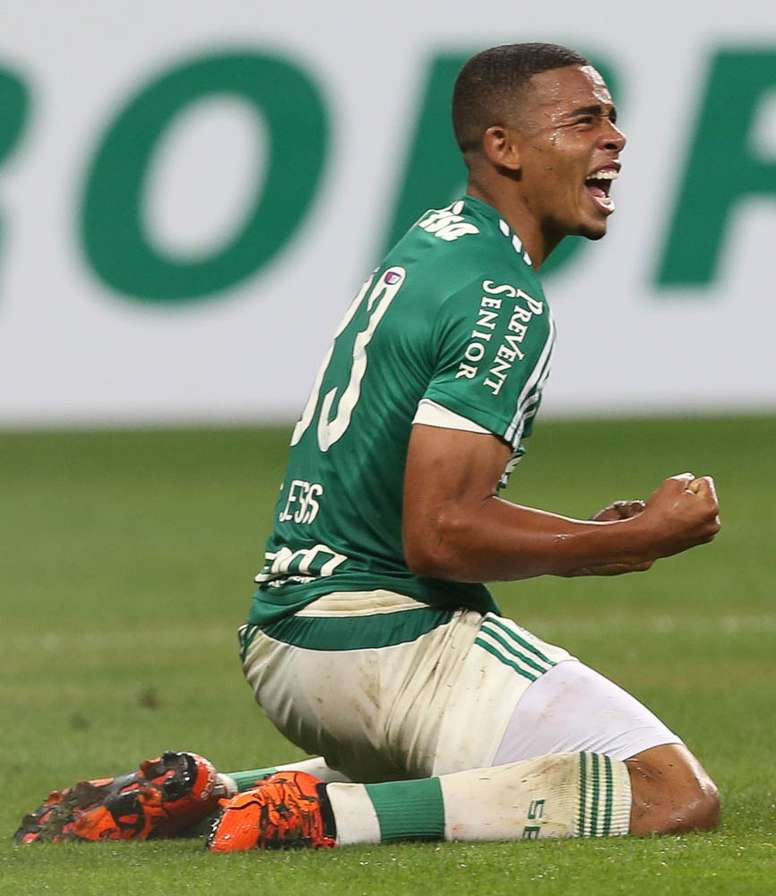 New Man City signing Gabriel Jesus. Palmeiras