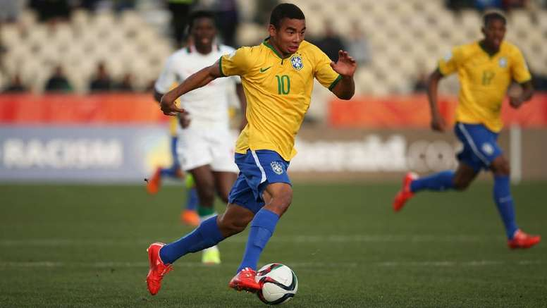 Gabriel Jesus is about to join Manchester City. Twitter
