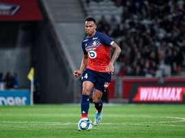 O Manchester United avança por Gabriel. LilleSC