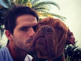 Gago et son chien pourraient être les héros d'une blague Toto. Instagram/fergago5oficial