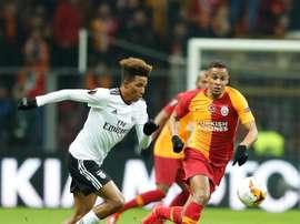 Galatasaray e Benfica se enfrentam pela Liga Europa. Twitter @GalatasaraySK
