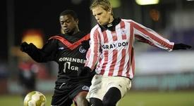 Gandu, en un partido con el Almere City. Twitter