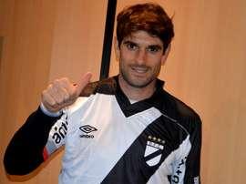 El defensor luce de nuevo la camiseta de la 'Franja'. DanubioFC