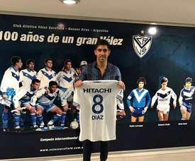 Gastón Díaz volvió a su casa. El lateral regresa a Vélez Sarsfield. VélezSarsfield