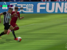 Newcastle ouvre le score à la 26e seconde contre Liverpool. Capture/DAZN
