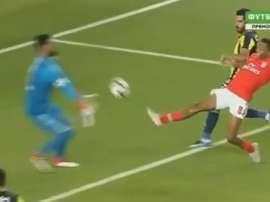 Gedson abre o placar para o Benfica contra o Fenerbahçe na fase pré-Champions. Captura A Bola