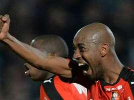 Gelson Fernandes celebra su gol, el segundo del Rennes ante el Angers. Twitter