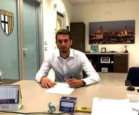 Ricci firmó este miércoles su renovación con el Parma. 1913ParmaCalcio