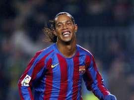 Barcelona e PSG parabenizam R10. Goal