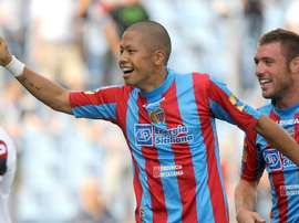 Gomez scherza con Morimoto. Goal