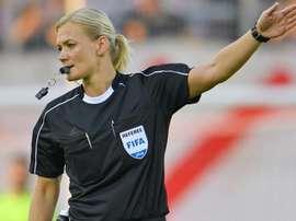 Arbitra una donna: l'Iran censura la partita del Bayern. Goal