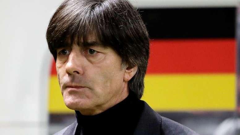 Hummels desfalca a Alemanha. Goal