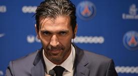 Time 'de terceira' derrota PSG na estreia de Buffon.Goal