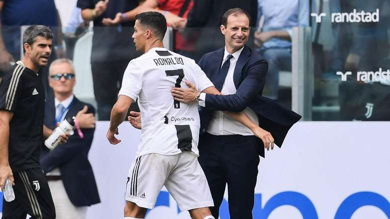 Il saluto di Ronaldo ad Allegri. Goal