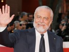 Napoli, De Laurentiis vieta agli stranieri di partire