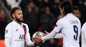 PSG, Neymar cede il rigore a Cavani