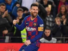 Abidal negociação renovação com Messi e diz que Neymar é sempre opção. GOAL