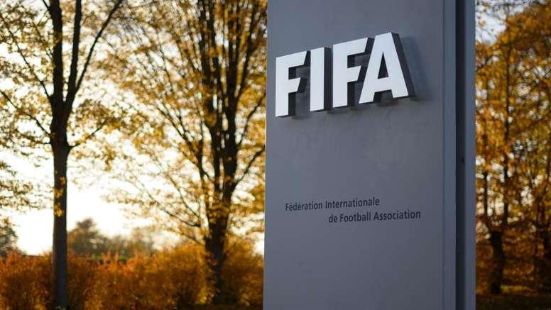 La FIFA potrebbe estendere il prossimo mercato fino a gennaio