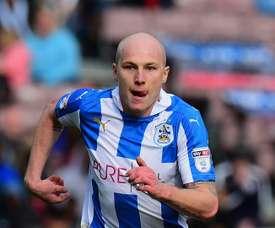 Aaron Mooy quitte définitivement Manchester City pour Huddersfield. Goal