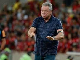 """""""Estou feliz, mas perdemos muitos gols"""", avalia Abel"""